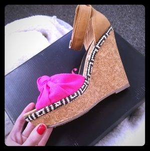 Just Fab High heels/ wedge 8.5